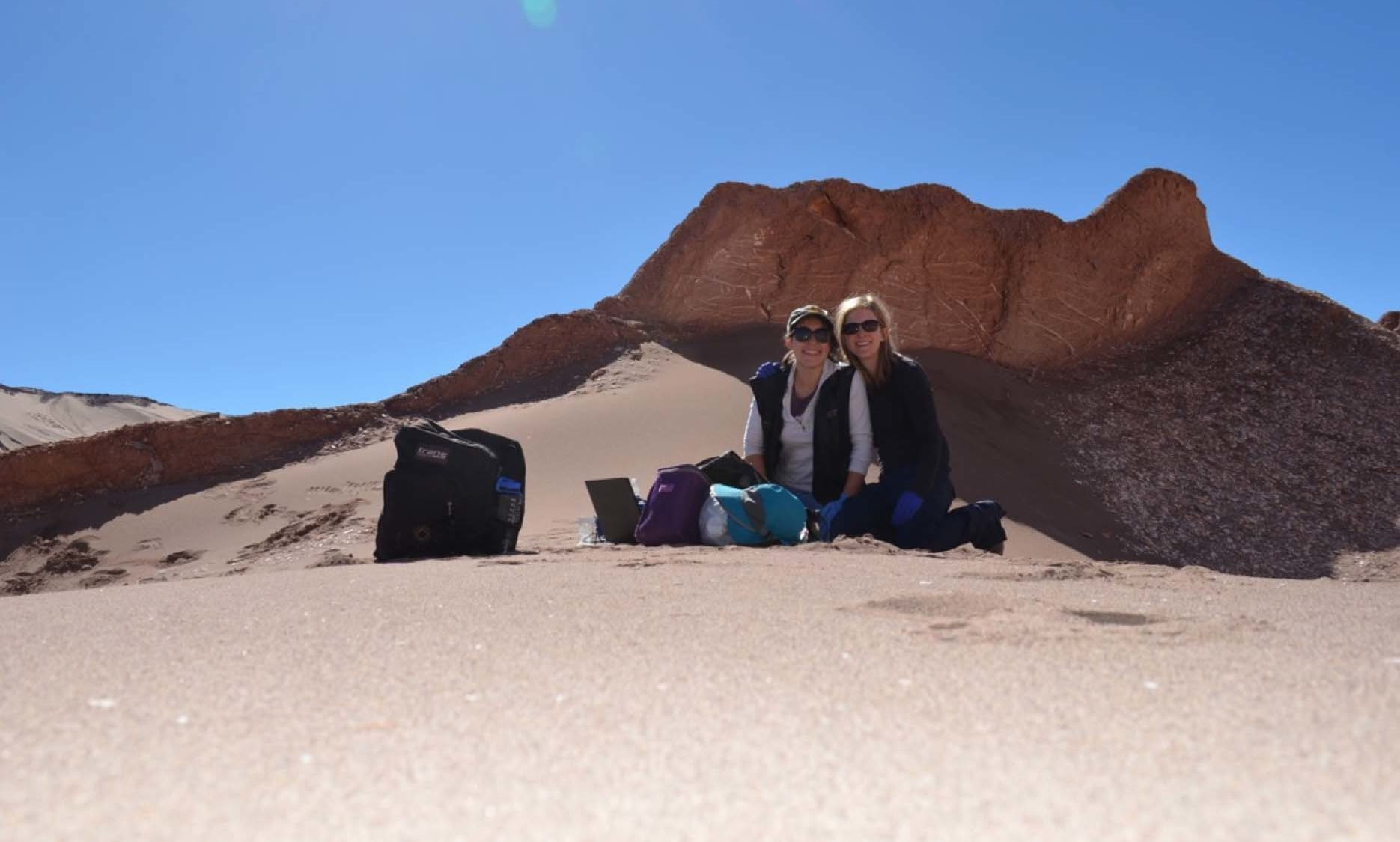 STIA Assistant Professor Sarah Stewart Johnson with an undergraduate student